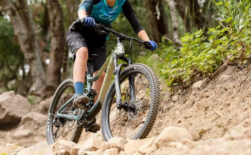 When to Replace Mountain Bike Tires and Prolong Their Lifespan